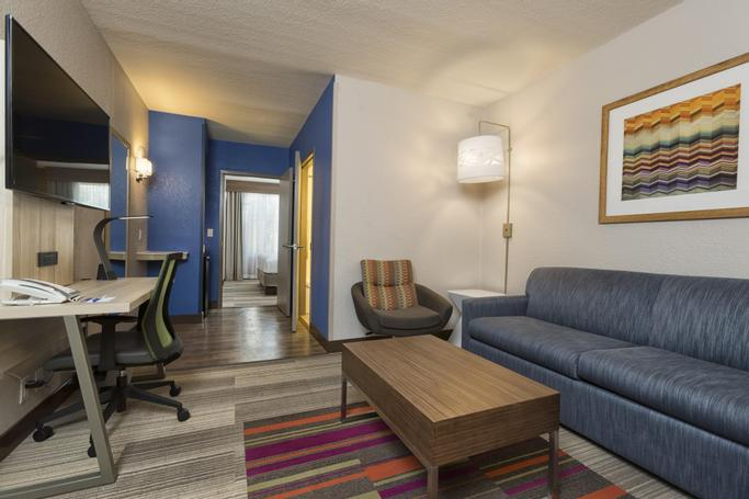 Holiday Inn Express & Suites S Lake Buena Vista | Kissimmee, FL, 34746 | Photo Gallery - 14
