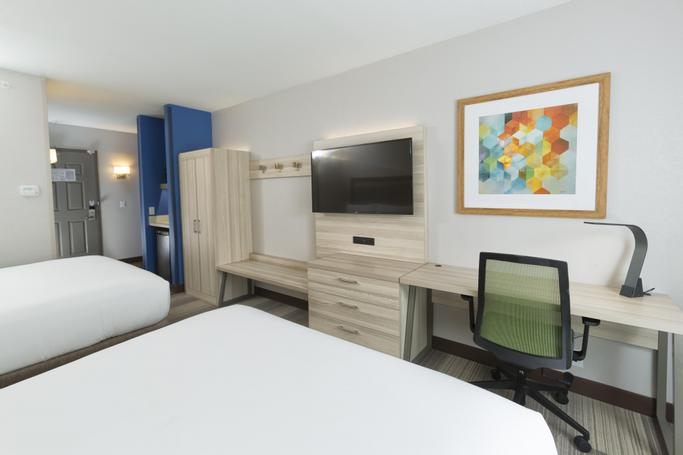 Holiday Inn Express & Suites S Lake Buena Vista | Kissimmee, FL, 34746 | Photo Gallery - 4